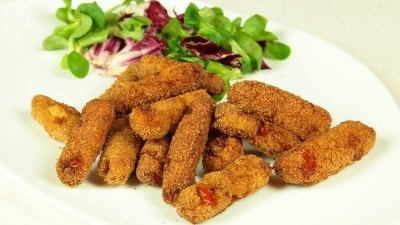 Crocchette di pesce al curry con salsa chutney allo yogurt