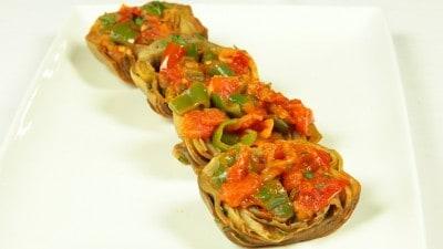 Carciofi in salsa di pomodoro - Alcauciles en salsa de tomates