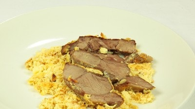 Agnello al forno con yogurt