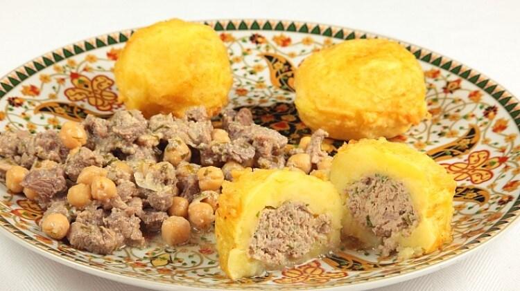 Tajine el khoukh Polpette di patate farcite di carne