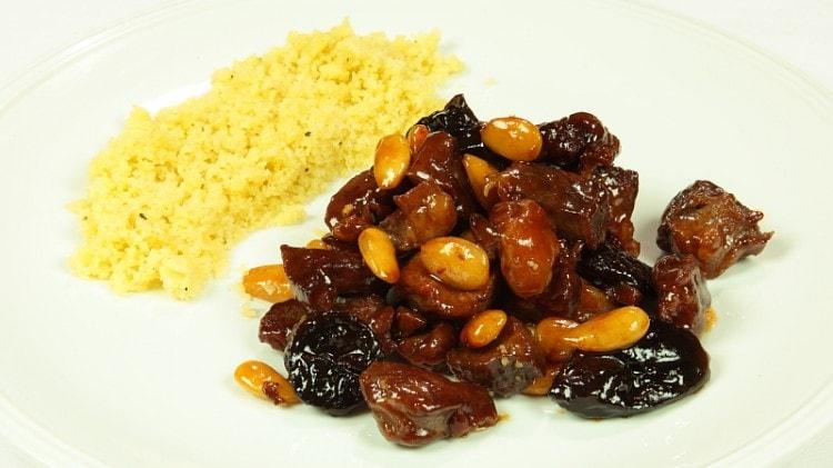 Agnello speziato dolce all'algerina - Lahm Lhalou
