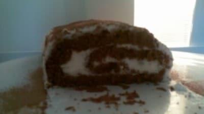 Rotolo con crema al cioccolato bianco