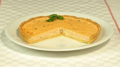 Torta al salmone e basilico