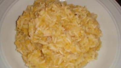 Risotto arabo con cipolle e lenticchie rosse - Mujadarra