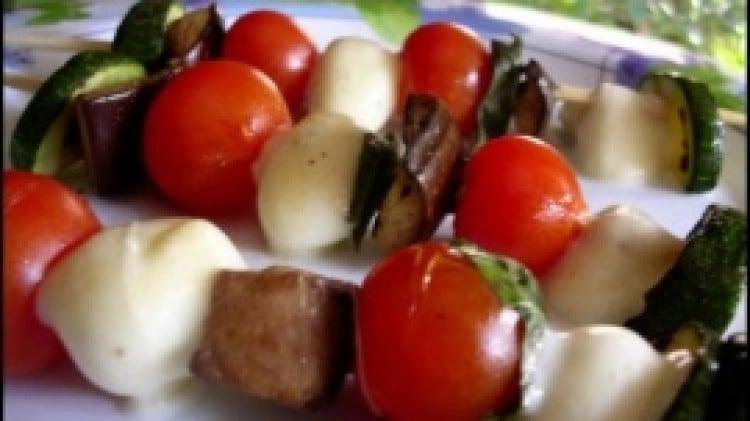Bruschette all'ortolana e Kebab mediterranei