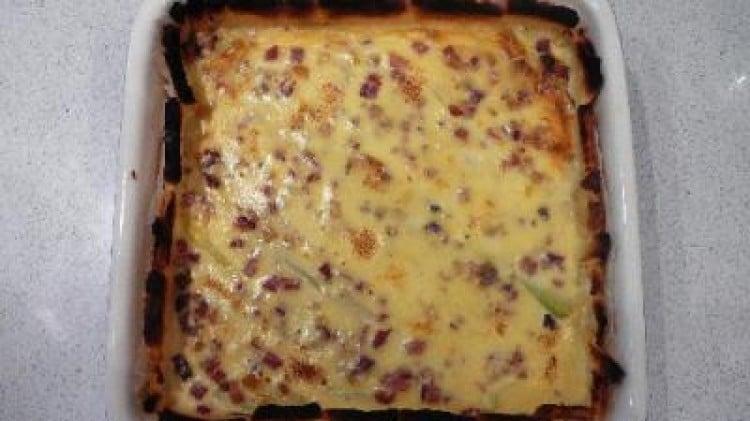 Torta di porri, speck e robiola in crosta di pan carrè