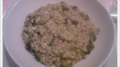 Orzotto alla crema di zucchine