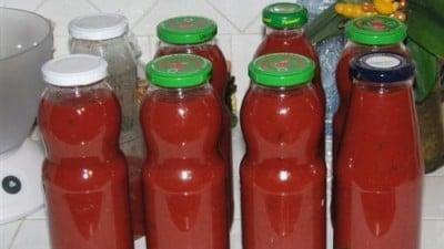 Conserva di salsa di pomodoro