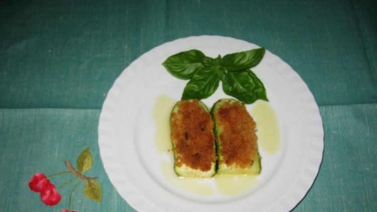 Fette di zucchine gratinate
