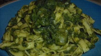 Tagliatelle con zucchine e biete