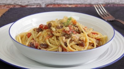 Spaghetti con alici e finocchietto