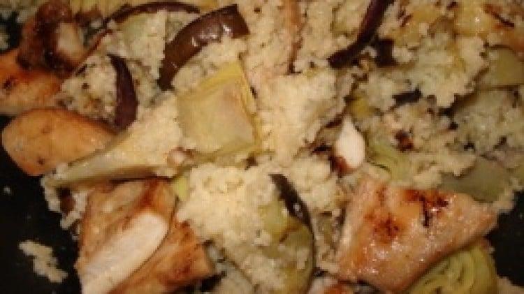 Cous-cous di verdure e pollo piastrato