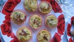 Nidi di bucatini con pancetta affumicata croccante e julienne di zucchine