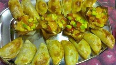 Empanadillas ai gamberi e peperoni