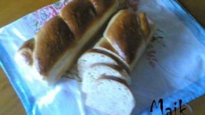 Pane al latte con lievito madre