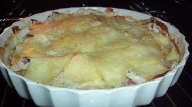 Tortino veloce di verza, patate e salsiccia