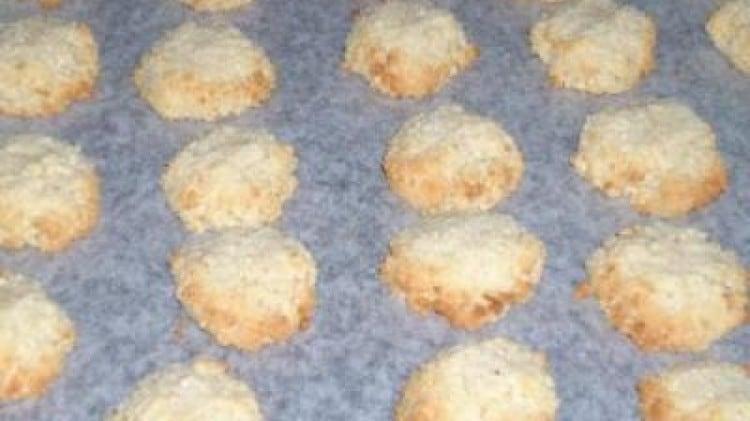 Biscotti simil pasta di mandorle