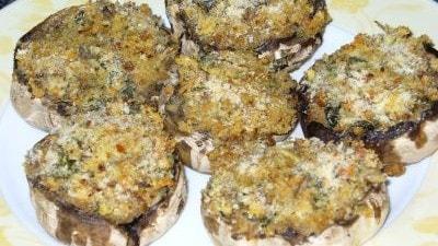 Funghi ripieni senza carne