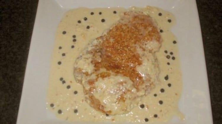 Maiale in crosta di sesamo e salsa di senape