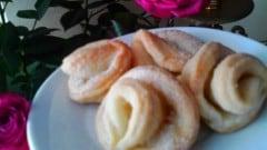Fiorellini di pasta sfoglia semplici