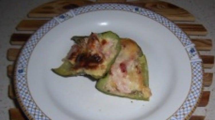 Barchette di zucchine con prosciutto cotto e scamorza