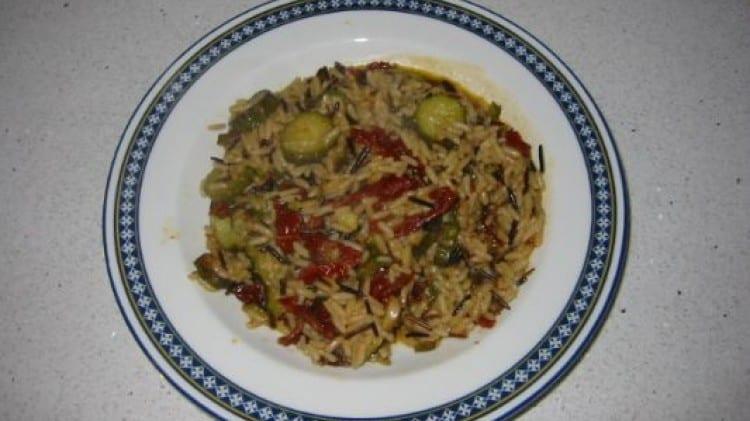 Risotto con zucchine e pomodori secchi