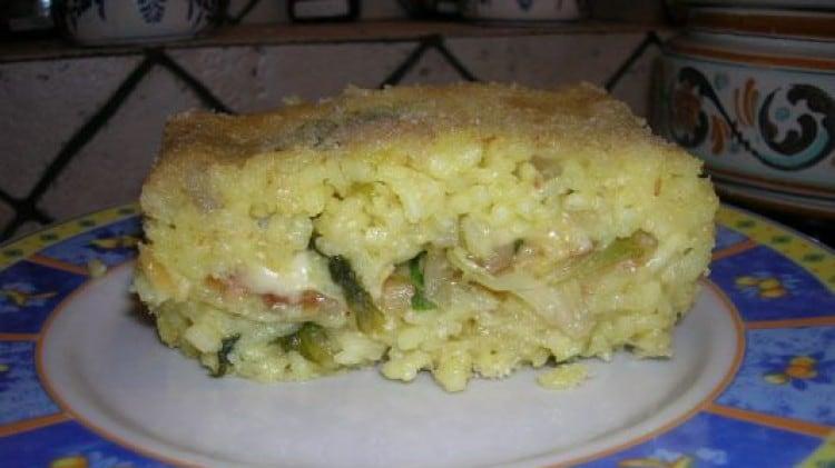 Timballo di riso con zucchine e scarola riccia