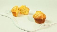 Muffins alle albicocche e mandorle tostate