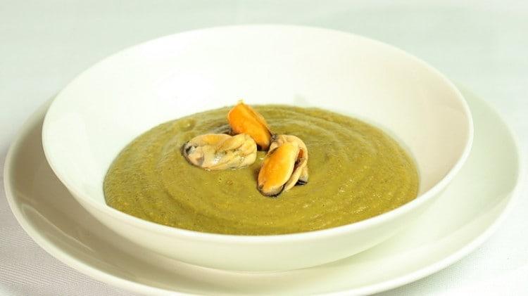 Crema di lenticchie cozze curry