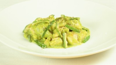 Petti di pollo in crema di zucchine