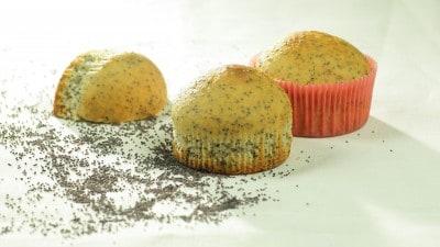 Muffins alle mandorle e semi di papavero