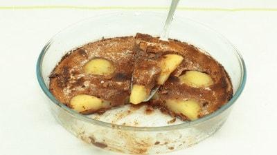 Torta clafoutis alle pere e cioccolato