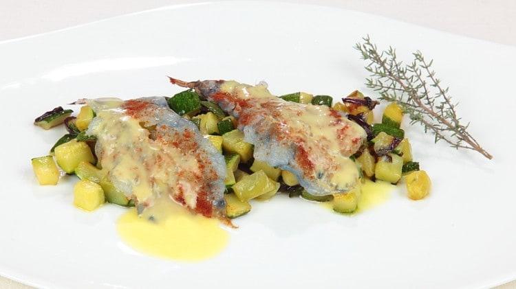 Carpaccio di gamberi rossi con paprica e zucchine