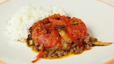 Sheh Mashshi Carne speziata con verdure del Kazakistan