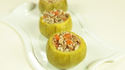 Zucchine ripiene di carne Etli Kabak Dolmasi