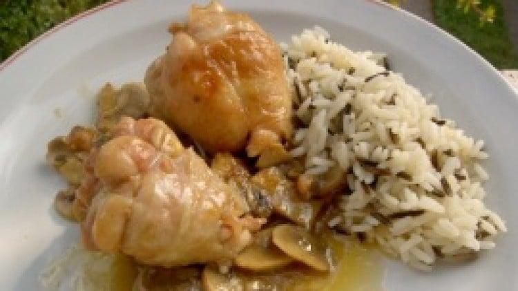 Cosce di pollo ripiene di pancetta e scamorza