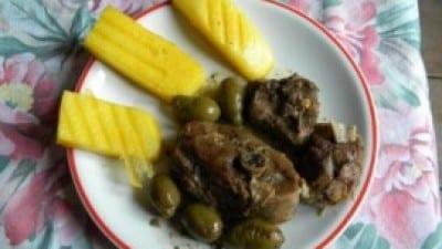 Capretto al forno con olive