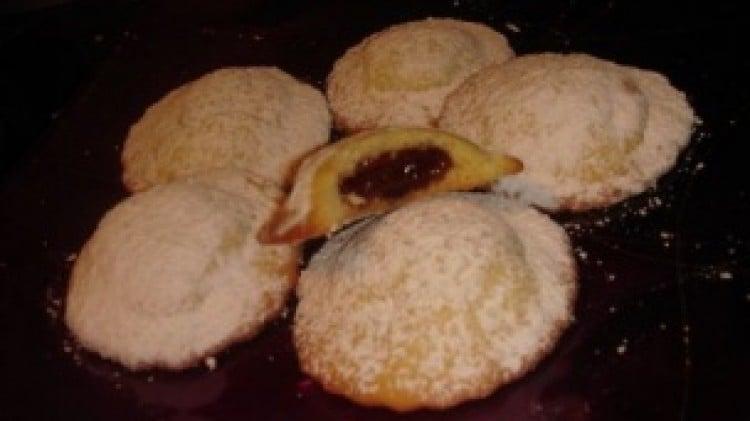Biscotti con cuore di marmellata
